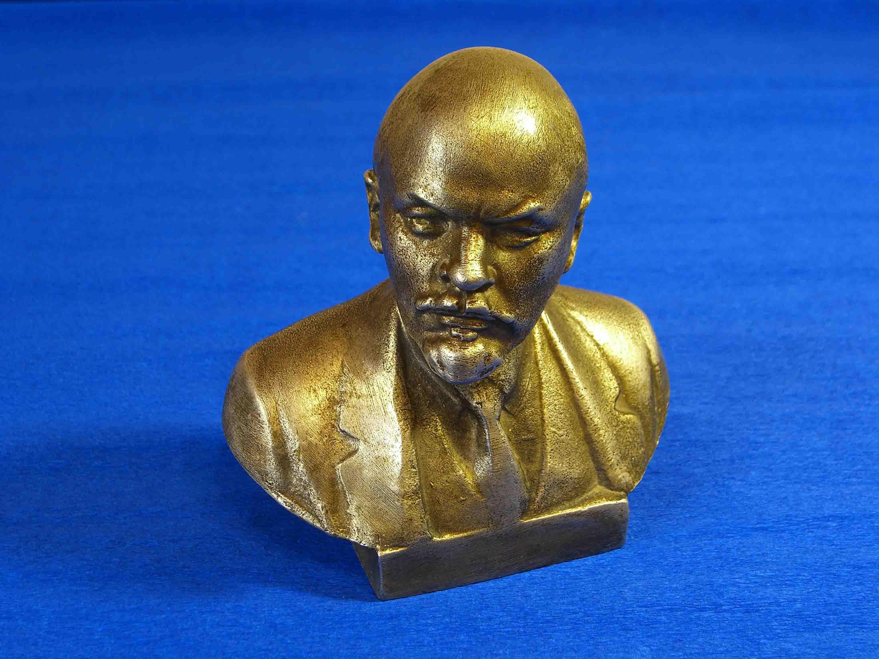 Бронзовые статуэтки. Как продать бронзовые и литые статуэтки, скульптуру?